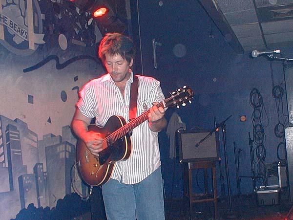 Grant Hart, onstage, 11 Jul 2002